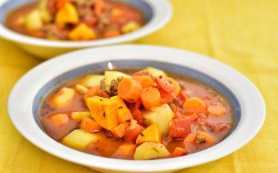 Köttfärssoppa med rotsaker